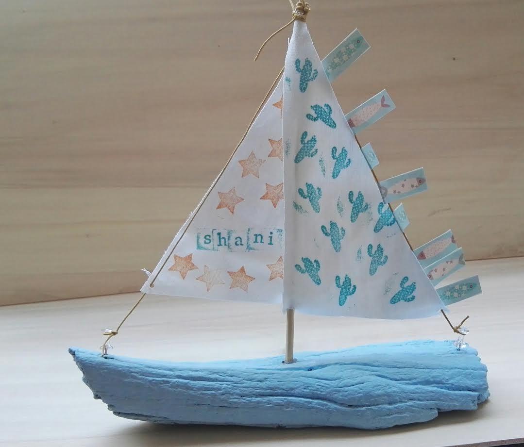 סירת מפרש ליום קיצי במיוחד